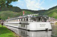 Rad Schiff An Der Donau 2019